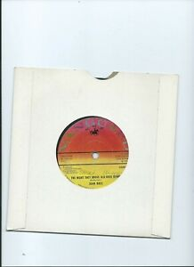 JOAN BAEZ 45 The Night They Drove Old Dixie Down Vanguard 1971