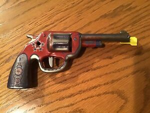 "Vintage Wyandotte ""5 STAR"" Tin Pressed Litho Dart Gun"