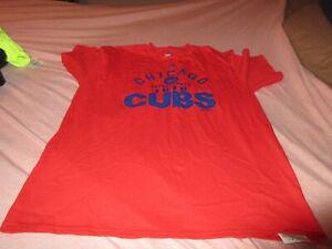 Men T shirt size L Majestic Never worn     5