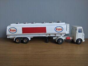 Dinky 945 AEC Esso Tanker