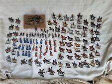 Lot de soldats anciens / soldats de plomb , environ 120 pièces