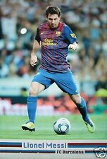 "LIONEL MESSI ""BALL BETWEEN LEGS"" FOOTBALL POSTER -FC Barcelona, Argentina Soccer"