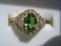 TSAVORITE GARNET AND DIAMOND RING SET IN 14K YELLOW GOLD