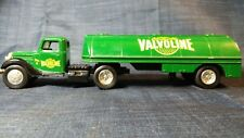 ERTL 1:43 Scale 1937 Ford Valvoline Tanker Truck Bank In Green #926OUR