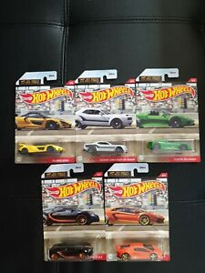 Hot Wheels 1/4 Mile Finals set of 5. carefully wrapped and sent for collector