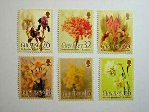 GUERNSEY.2005 CAPARNE FLOWER PAINTINGS SET MNH