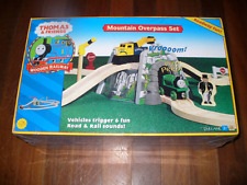 THOMAS the TANK & FRIENDS - MOUNTAIN OVERPASS SET 2002 - NEW - PRICE REDUCED!!