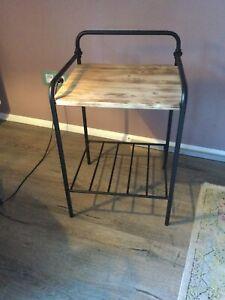 Beistelltisch Nachttisch Industrial design Metall Holz