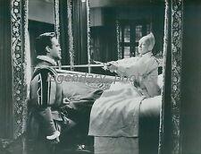 1955 The Virgin Queen Original Press Photo Bette Davis Richard Todd Joan Collins