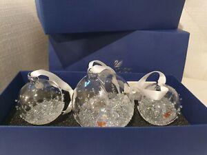 Brand New In Box Swarovski Christmas Ball Ornament Set 2015 Clear/AB Crystal...