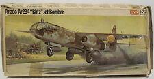 """AVIATION: arado ar234 """"blitz"""" jet bomber 1/72 scale kit de modèle de grenouille. F417"""