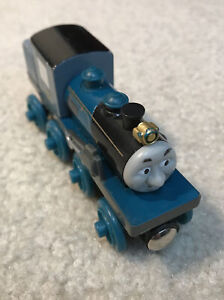 Thomas Friends Ferdinand Wooden Logging Engine Toy Train Vehicle Figure 2003