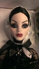 "Full Moon Parnilla NRFB (18.5"") 2013 Halloween Exclusive/Evangeline Ghastly SALE"