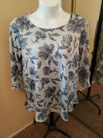 Women's Westport-Dressbarn Floral Top with Ruffled Bottom and Sleeves Size 1X