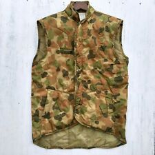 Australian Army Walkabout Men's L Camo Puffer Vest Hunting Hiking Tactical