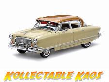 1:18 Sun Star - 1952 Nash Ambassador Airflyte - Ann. Gold Metallic/Ivory  NEW
