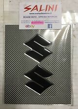 Adesivo Logo SUZUKI nero resinato ( 2 pezzi )  - Sticker