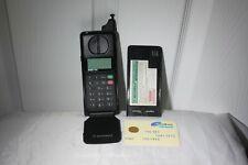 Rare Brick Motorola MicroT-A-C 7500 Cell Phone Mobile original Sim