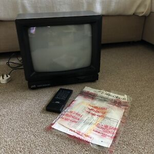 Retro Vintage JVC C-140EK Colour Cube TV 14'' Screen Gaming Television Remote