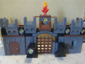 M41/ lego duplo chateau fort chateaufort  + extension +dragon