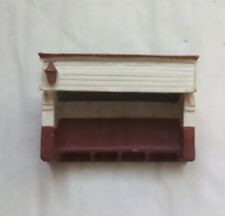 N Gauge - Hornby Lyddle End - Platform Waiting Shelter