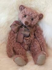 Teddy, artist bear von Linda Dorr (aDORRable bears), ca. 43 cm