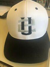U2 hat