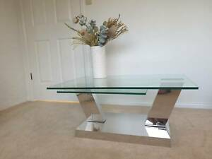 GAINSVILLE GLASS 360° SWIVEL COFFEE TABLE