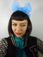 Foulard cheveux fin tulle mousseline transparente chiffon carré bleu ciel pinup