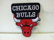 Un écusson aufbügler patch Chicago Bulls - 7,5 x 6,5 CM