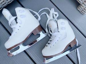GRAF Bolero White Figure Skates Size EU 26  / UK 8 Child