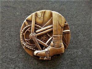 ANCIENNE MEDAILLE BRONZE CYCLISME ART DECO