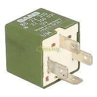 SAAB CLASSIC NG 900 9000 95 9-5 RELAY GREEN 8522310 22200031 SUFFOLK GENUINE