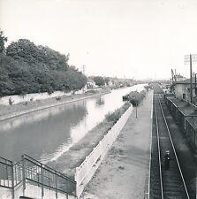 DOMBASLE c. 1950 - Rails le long du Canal Péniches Meurthe-et-Moselle - Div 5489