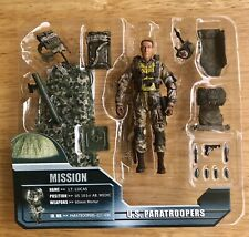 ULTIMATE SOLDIER 1/18 ELITE FORCE US PARATROOPERS LT LUCAS  OPEN CARD