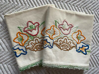 Vintage Hand Embroidered Lace Edge Pillowcase Set Of 2 Flower Handmade Bedding