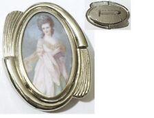 broche rétro déco relief couleur argent femme en couleur sous résine * 4765
