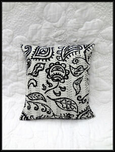 2 Pieces Set Black & White Indian Kantha Cushion Cover Ethic Decor Art HomeDecor