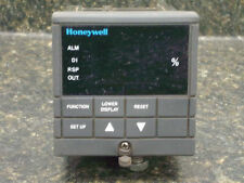 HoneywellDC300L-000-20-0F00-0 TEMP CONTROL IS REPAIRED WITH A  30 DAY WARRANTY