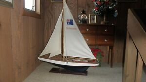 Vintage Hollow Wood Pond Yacht Model Display Sailboat    Stonehaven