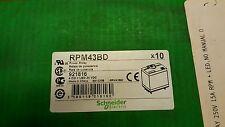 Schneider Zelio RPM43BD POWER RELAY LED 24 VDC NIB