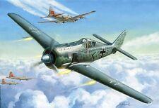 1/72 Zvezda 7304 German WWII Fighter Focke Wulf 190 A-4 Plastic Model Kit