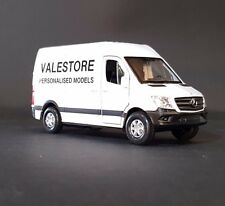 Mercedes-Benz SPRINTER UK Police Van Welly 43730f Scale 1 34-39 Toy Car Gift