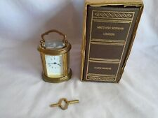Vintage Matthew Norman Miniatura Oval Carro Reloj + Llave + Funda De Transporte