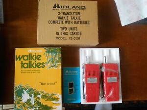 1970s Midland Scout Transistor Crystal Walkie Talkie Set #13-028 Original Box NR