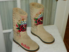 Ed Hardy Winter Red Rose Boots Sand Color Style 10FBS102W Size 5 Lined
