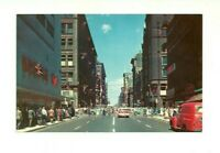 YONGE ST. LOOKING NORTH, TORONTO ONTARIO, CANADA CHROME POSTCARD