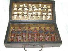 China Estilo Ejército 32 piezas Caja de Madera de cuero juego de Ajedrez Juego de Tablero & Tradicional