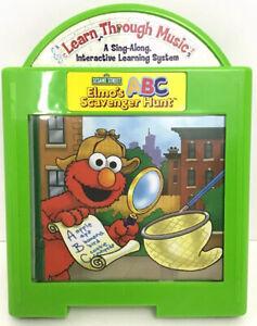 Elmos Scavenger Hunt Learn Through Music Sesame Street Mattel 2002 BB