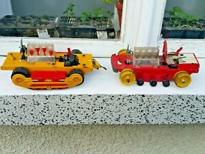VINTAGE BULLDOZER 60'S TRACTOR TOY BATT. OPER. GERMANY DDR GDR FOR PARTS 2MODELS